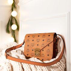 Louis Vuitton Monogram, Handbags, Easy, Casual, Pattern, How To Wear, Fashion, Moda, Hand Bags