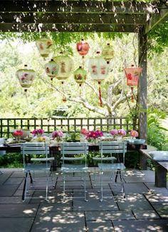 Outdoor room - love!