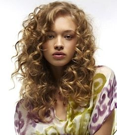 Natural-Curly-Hairstyles