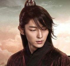"""""""Moon Lovers: Scarlet Heart Ryeo"""" star Lee Joon Gi made it to the Hollywood scene as he landed a role in """"Resident Evil: The Final Chapter. Asian Actors, Korean Actors, Korean Dramas, Lee Joon Gi Wallpaper, Moon Lovers Drama, Lee Jong Ki, Scarlet Heart Ryeo, Moorim School, Wang So"""