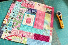 use your favourite leftover scraps Patchwork Pillow, Quilted Pillow, Mini Quilts, Baby Quilts, Sewing Crafts, Sewing Projects, Quilting Designs, Quilting Ideas, Sewing Pillows