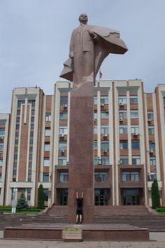 Statue of Vladimir Lenin in front of the Supreme Soviet building in Tiraspol, Transnistria.