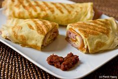 Eat Live Grow Paleo: Breakfast Burritos. Yum. Make a bunch and freeze. Got to learn how to make these egg crepes.