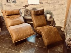 Tom And Jerry, Relax, Recliner, Toms, Lounge Chairs, Furniture, Reading, Home Decor, Sofa Chair