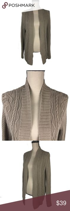 Pria Cardigan Sweater Womens Small Open Front This super chunky knit open front cardigan is great for these cold winter nights when you are looking to cuddle with your honey...or your cat (whichever will pay you the most attention). Lets be serious, it probably wont' be the cat! Pria Sweaters Cardigans