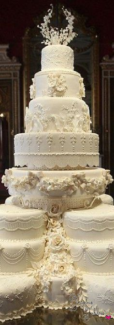Frivolous Fabulous - Royal Wedding Cakes Frivolous Fabulous Trousseau