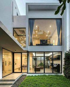 "277 Me gusta, 5 comentarios - DOPE DECORS (@dopedecors) en Instagram: ""Incredible Glass House! Kradoan House designed by Thiti Ophatsodsai. @dopedecors"""
