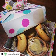 #Repost @holasilocreo with @repostapp  Por aquí día nublado y de mucho frío entre mis antojos: unos rollos de #canela hechos en casa con #chocolate bien calentito... alguien más quiere? #instafood #cloudyday #cinnamon #cinnamonrolls #isntalike #food #snack #happyweek #happysaturday #hechoencasa #asilocreo