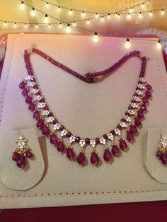 Jewelry Design Earrings, Gold Earrings Designs, Gold Jewellery Design, Bead Jewellery, Beaded Jewelry, Gold Jewelry, Ruby Jewelry, Diamond Jewellery, Necklace Designs