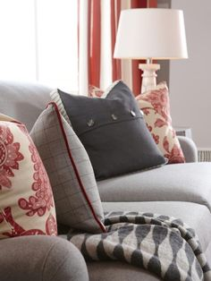 Sarah Richardson: Love this family room color scheme and fabrics!