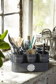 My top picks for gardening gifts from the gorgeous Burgon & Ball range. Perfect Christmas gift ideas for a gardening fan or your own wish list!