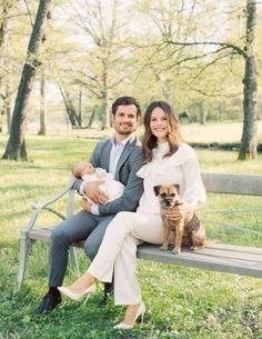 5 nieuwe gezinsfoto's Prins Carl Philip, Prinses Sofia en Prins Alexander   ModekoninginMaxima.nl