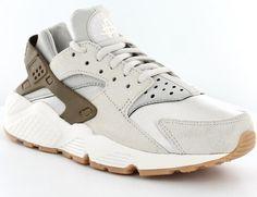 Nike air huarache premium suede femme beige/gomme