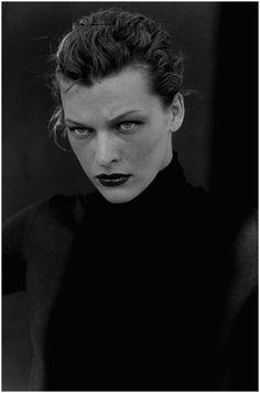 Milla Jovovich, New York, USA, 2000Photo Peter Lindbergh