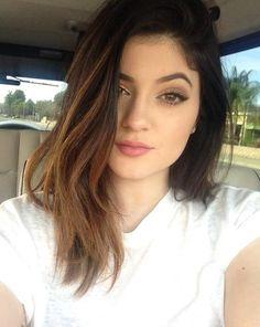 Short Tutorial: Kylie Jenner's Makeup Look Simplified