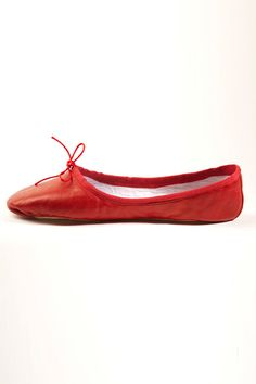 Chloe 2011, red ballet flat - These look so comfortable.