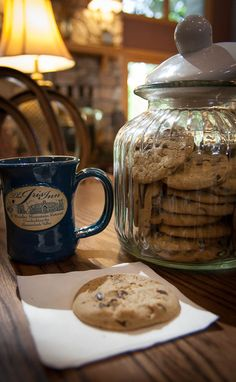 Fresh chocolate chip cookies are always available at the Iris Inn. www.casualtravelist.com