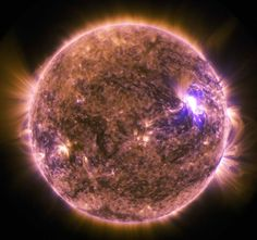 Solar Dynamics Observatory Sees M7.9-Class Solar Flare The sun emitted a mid-level solar flare, an M7.9-class, peaking at 4:16 a.m. EDT on June 25, 2015. NASA's Solar Dynamics Observatory, which watches the sun constantly, captured an image of the event