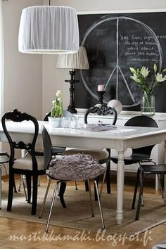 vaihtoehtoja Scandinavian Home, Dining Table, Cottage Chic, Diy, Inspiration, Chalkboard, Furniture, Interior, Home Decor