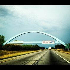 Welcome to Ohio!  I remember this arch from my childhood...I wonder if it still exists?