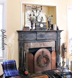 Might do this with my fireplace. Painting the fireplace surround with La Craie paint. No prep work, no sanding, no priming. Painted Fireplace Mantels, Distressed Fireplace, Painted Mantle, Farmhouse Fireplace Mantels, Craftsman Fireplace, Paint Fireplace, Fake Fireplace, Marble Fireplaces, Fireplace Surrounds