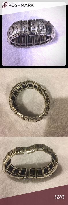 BRIGHTON Brighton stretch Bracelet very heavy weight! Worn only a couple of times in pristine condition. Fits all wrist sizes. Brighton Jewelry Bracelets