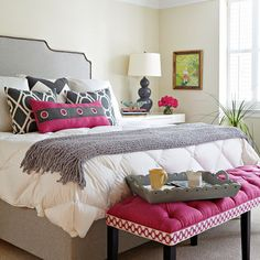 I'd love to do a guest room like this someday......very neutral w/a pop of color I could change out w/the seasons.