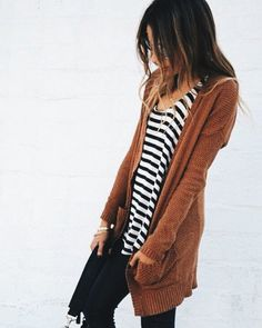 Cool 151 Sweaters Outfit Idea You Should Try This Year   Fashion https://dressfitme.com/sweaters-outfit-idea-you-should-try-this-year/