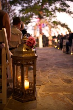 Love the idea of having these lanterns line the aisle... Night wedding perhaps?