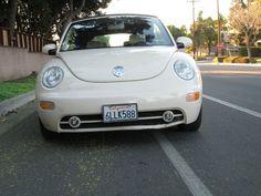 2004 Volkswagen New Beetle GLS 2.0L Convertible - For more information, go to: http://www.prontomotors.biz/2004_Volkswagen_New%20Beetle_SOUTH%20GATE_CA_175502925.veh#