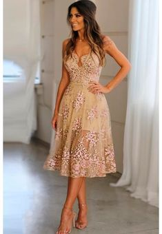 Swans Style is the top online fashion store for women. Shop sexy club dresses, jeans, shoes, bodysuits, skirts and more. Short Dresses, Prom Dresses, Summer Dresses, Formal Dresses, Dress Skirt, Lace Dress, Trendy Outfits, Cute Outfits, Dress Outfits