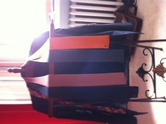 4 colors tie from Hermes. I'm not a tie guy but now i can't do without. You switch the side and here you are with another color !