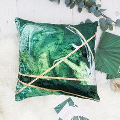 Velvet pillow in green marble and gold crushed velvet. Handmade designer cushions for your home interior. Green cushions, green marble, luxury cushions, velvet cushions, throw pillows, velvet sofa, velvet furnishings, velvet obsession, 2018 trend, green interior, interior velvet, deep green, dark green, emerald green, home decor, designer pillows