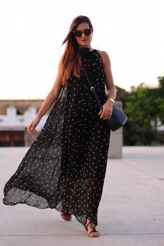 Ecstasy Models — Golden Fendi Dress / Vestido: Sammydress Sandals /...