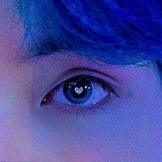 Blue Aesthetic, Kpop Aesthetic, Foto Bts, Bts Photo, Casa Pop, Bts Pictures, Photos, Kim Taehyung, Bts Aesthetic Pictures