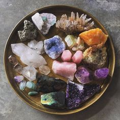 Working on a crystal shoot this week and omg these crystals we borrowed from @sacredfem are giving me life!! #thenewbohohandbook