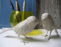 paper mache birds...these are so cute...for Christmas time on the tree or mantle or anywhere...anytime of year.