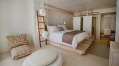 Kenshō Hotel Mykonos designed by Greek architect Alexandros Kolovos – casalibrary Hotel Bedroom Design, Design Hotel, Home Bedroom, Bedroom Decor, Mykonos Hotels, Mykonos Greece, Boutique Interior Design, Luxury Interior Design, Interior Architecture