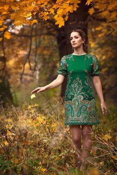 Платье ` Зеленая Фея`. НОВАЯ СТРУЯ !!!  Сексуально, благородно, волнующе и очень женственно.  Платье великолепно подчеркивает все достоинства фигуры.  Шикарное платье.             Давайте знакомиться и дружить!  А также, чтобы всегда быть в курсе…