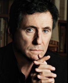 Nai'zyy Gabriel Byrne - Actor