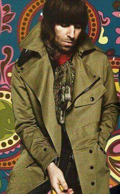 Liam Gallagher Lennon Gallagher, Liam Gallagher Oasis, Pretty Green Liam Gallagher, Oasis Band, England Fashion, Tank Design, Britpop, Foo Fighters, Mod Fashion