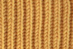 STITCH OF THE MONTH – August 2014 The Brioche stitch is a reversible ribbed stitch pattern that creates a warm and rich fabric. Crochet Boarders, Knitting Stitches, Stitch Patterns, Swatch, Texture, Create, Fabric, Knits, Charts