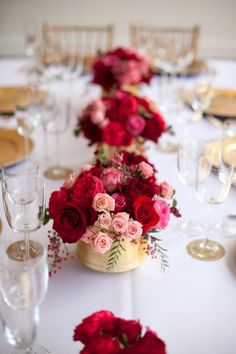 Cheap Dresses: Pink, Red, Gold Colors for Wedding Table When Your Big Day