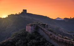 Download wallpapers sunset, Great Wall of China, mountains, tower, Hebei, China