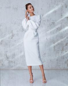 Ideas modest fashion christian style for 2019 Trendy Dresses, Modest Dresses, Dresses With Sleeves, Dress Sleeves, Modest Clothing, Modest Outfits, Elegant Dresses, Look Fashion, Autumn Fashion