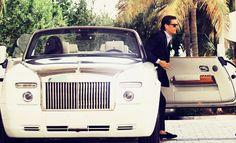 Lord Disick in his Drophead Rolls Royce Rolls Royce, Lord Disick, Luxury Garage, Joy Ride, Scott Disick, Luxe Life, Luxury Watches For Men, Suit And Tie, Gentleman Style