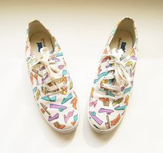 Vintage Keds Shoes / Sneakers / Tennis / White / Shoe Print / Size 7