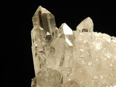 A Super Nice and 100% Natural Quartz Crystal by EarthsAncientArt