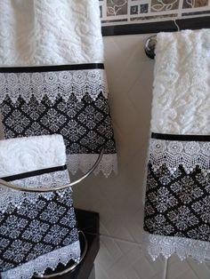 Kitchen Towels Crafts, Bathroom Crafts, Towel Crafts, Bathroom Sets, Home Decor Styles, Diy Home Decor, Tiffany Bedroom, Swedish Embroidery, Decorative Towels