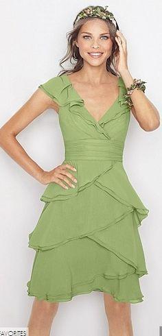 perfect spring green bridesmaid dress!